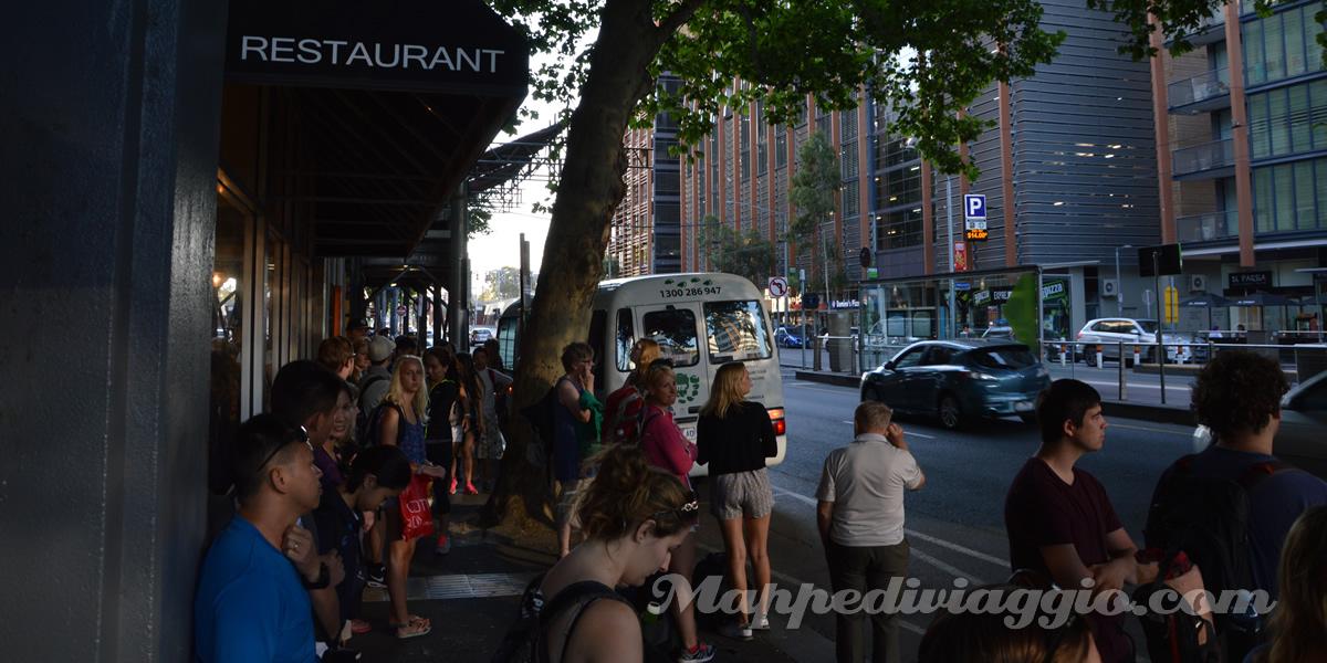 attesa-bus-tours-bunyip