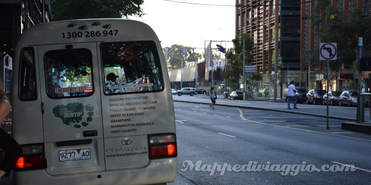 bunyip-tours-bus-dodici-apostoli