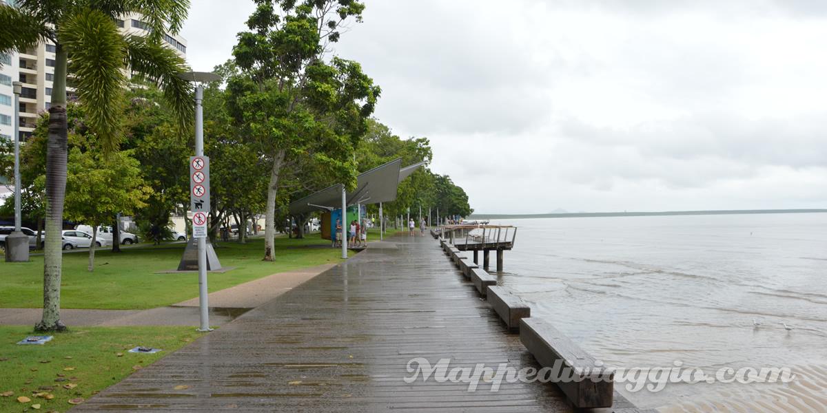 cairns-esplanade-spiaggia