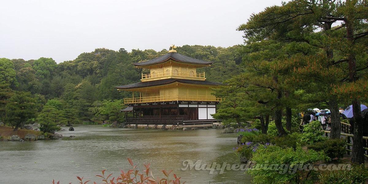 kinkakuji-pagoda-oro