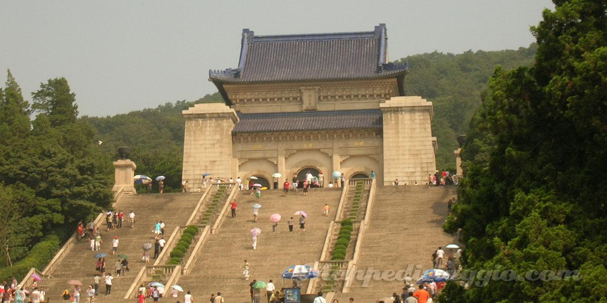 nanchino-mausoleo-sunyatsen