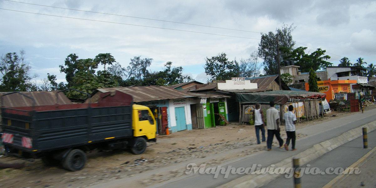 strada-mombasa-nairobi