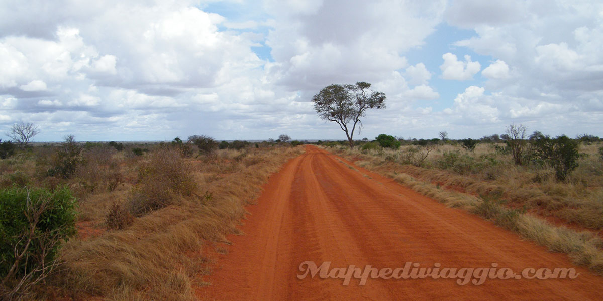 strada-tsavo-national-park