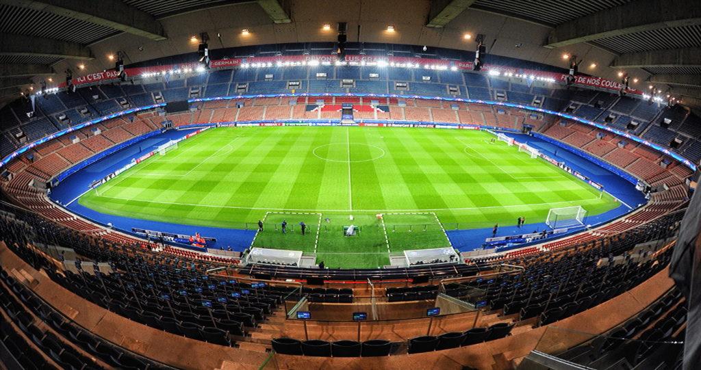 Tour dello stadio del PSG a Parigi