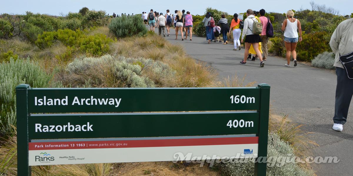 tour-razorback-island-archway