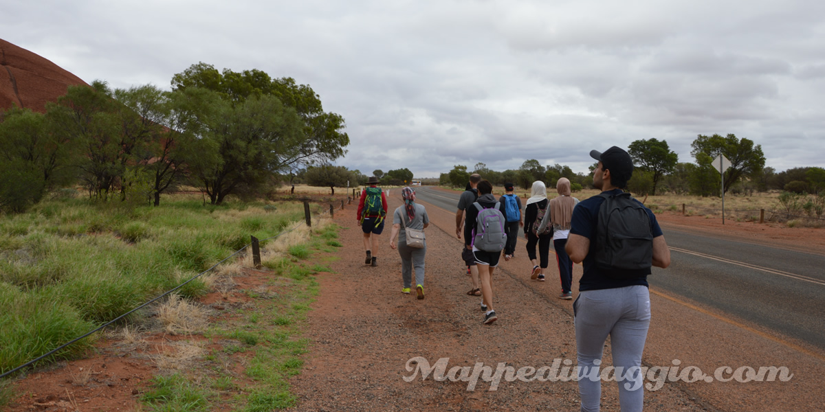 uluru-base-walking-tour